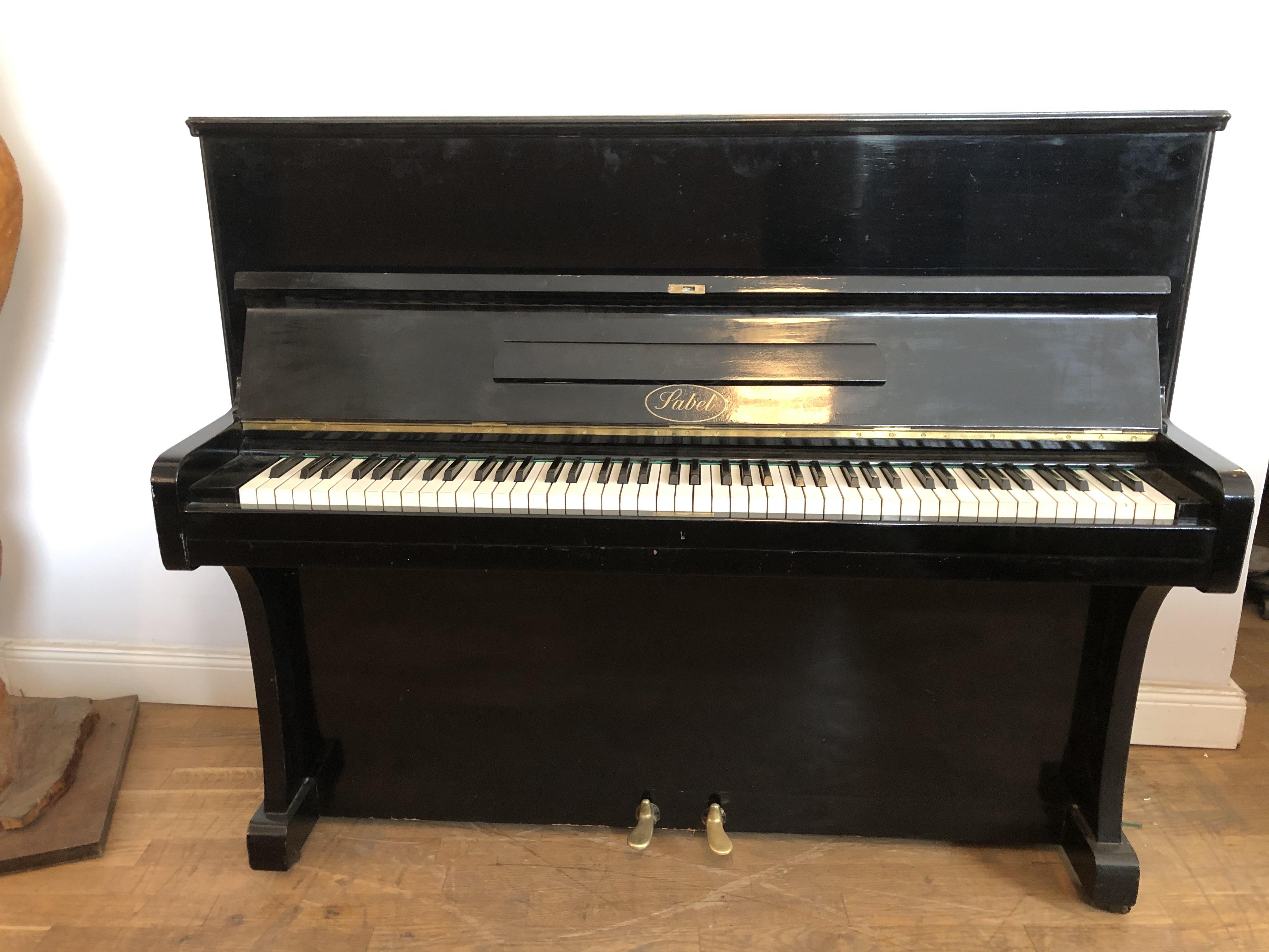 schwarzes Klavier Sabel in Berlin